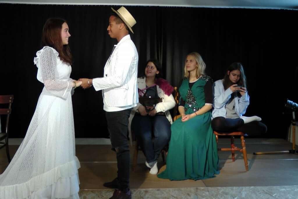Was für ein schönes Paar, Daniel, Kristina, Leyla, Elisa, Luca