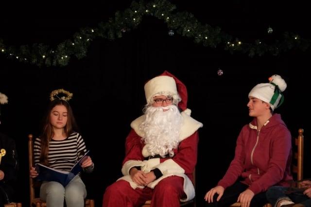 """""""Sommernachtsalbtraum Weihnachts-Edition"""" Weihnachtsfeier BellAcademia Schauspielschule Köln"""