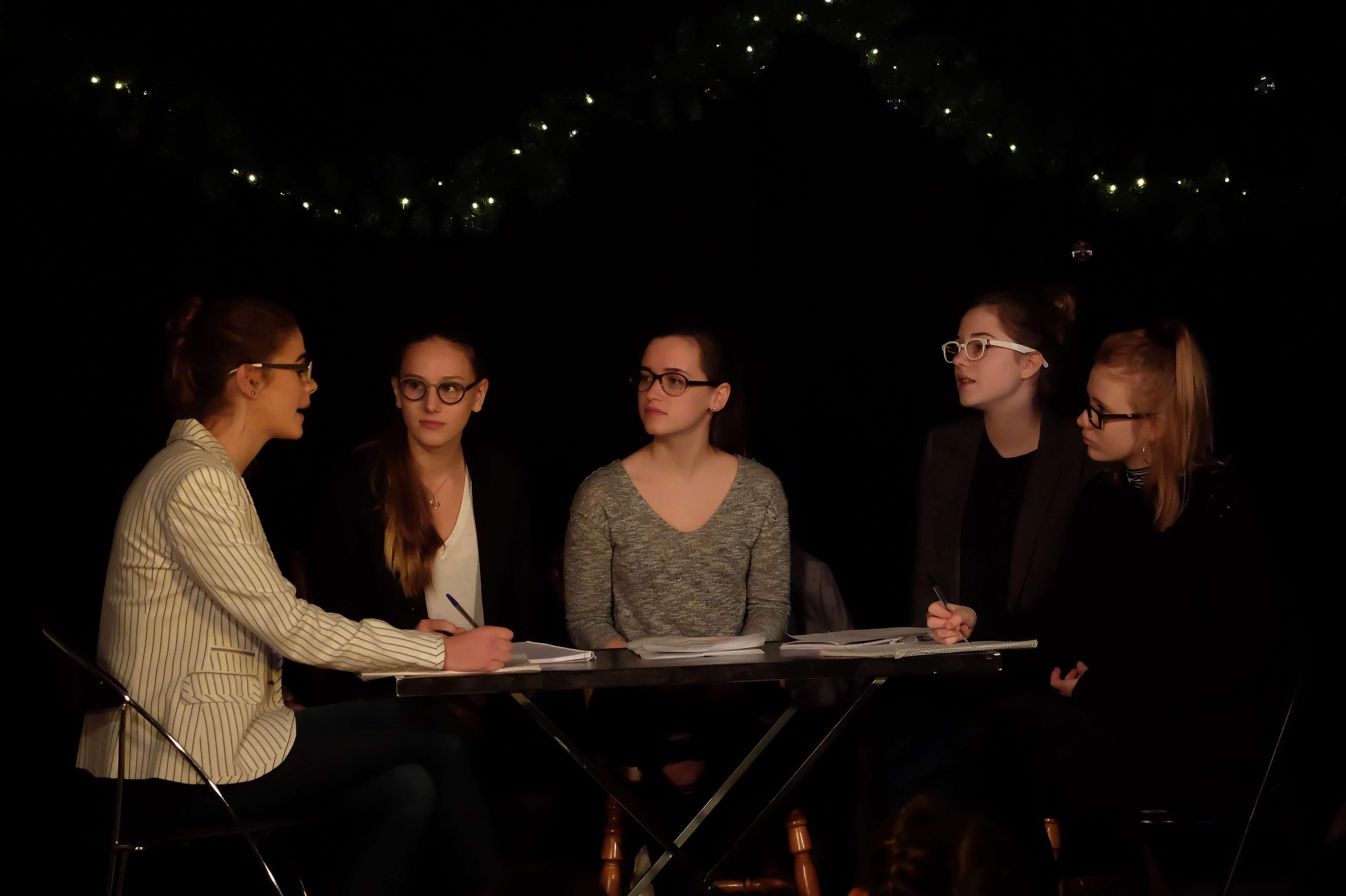 """""""Weihnachtssketch"""" Weihnachtsfeier BellAcademia Schauspielschule Köln"""