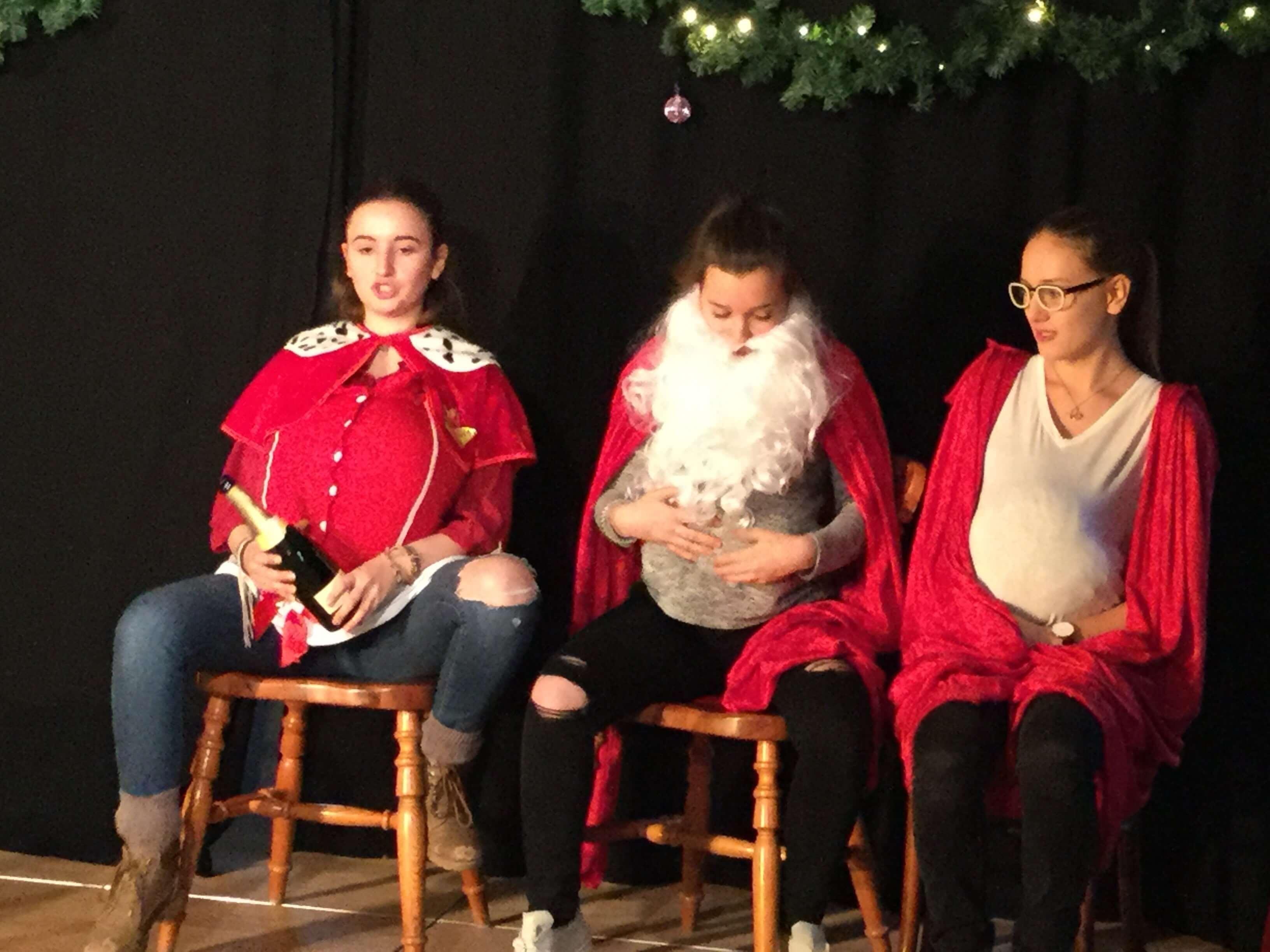 """""""Weihnachtsimprovisation"""" Weihnachtsfeier Improvisationstheater BellAcademia Schauspielschule Köln"""